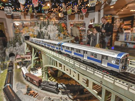 Holiday Train Show at Grand Central Terminal | Things to