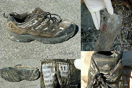 Photos of shoe found with human remains released - Seattle
