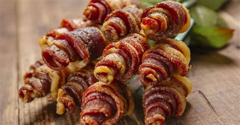 Yes, Bacon Bouquets for Valentine's Day Are a Thing