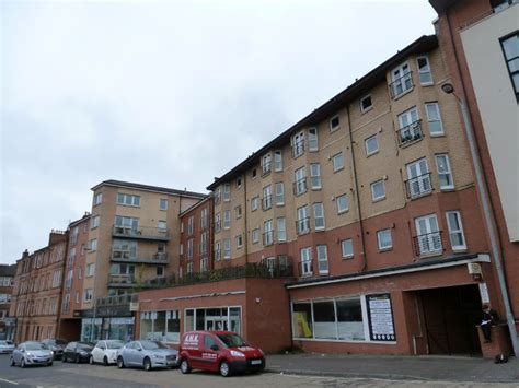 Crow Road, Glasgow (G11)   Flats to Rent West End