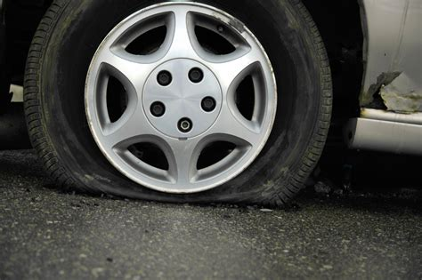 Winter's cold can leave drivers stranded with a flat | WTOP