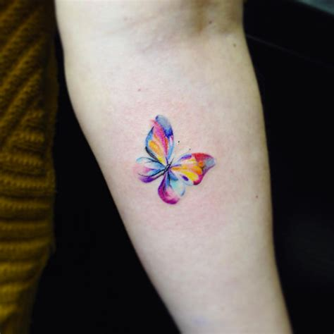 65 Tiny Girl Tattoos You'll Easily Convince Yourself You
