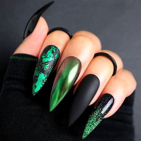 20 nail designs to invoke your inner witch on Halloween