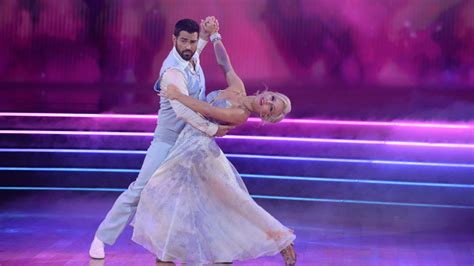 Tuesday TV Ratings: 'Dancing with the Stars' & 'America's