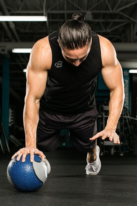7 Best Triceps Exercises You're Not Doing